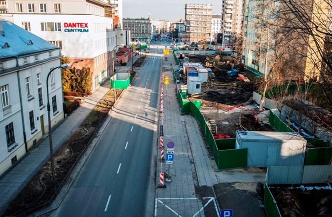 Warszawa. Metro otwiera ulicę Płocką