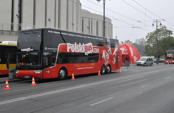 PolskiBus. 16 mln pasażerów. Połączenia otwierane i zamykane