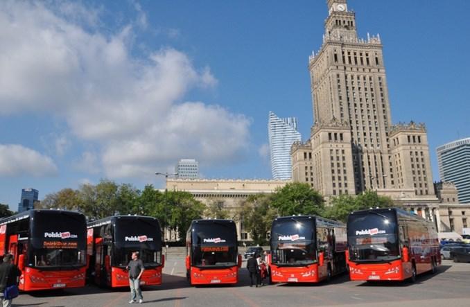 Warszawa: Po przebudowie pl. Defilad centrum bez autobusów dalekobieżnych