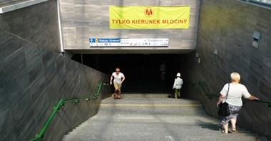 Metro: Wejścia na Ratuszu do naprawy