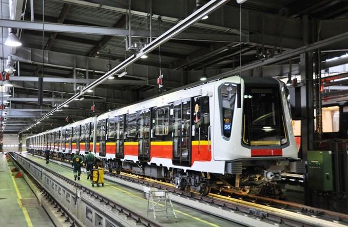 Odwołania w przetargu Metra na 45 pociągów. Znów nierealne parametry?