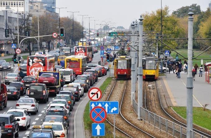 Warszawa: Tramwaje wrócą na Służewiec do końca wakacji