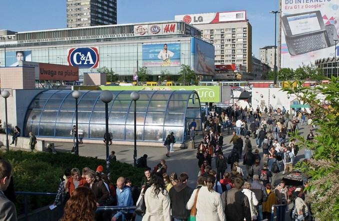 Wreszcie powstaną wygodne przejścia z kolei do metra