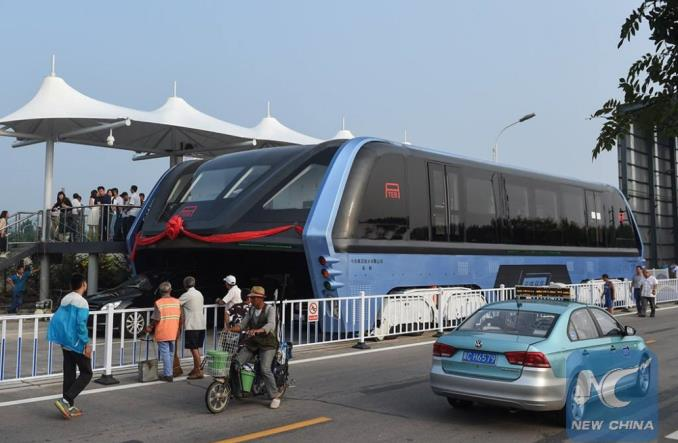 """TEB """"nadziemny autobus"""" nie powstanie? Dla Chińczyków… to lipa"""