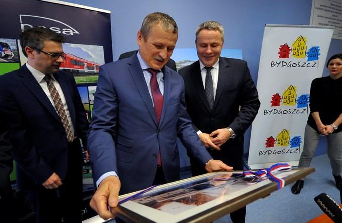 Bydgoszcz podpisała umowę z Pesą na dostawę 18 tramwajów