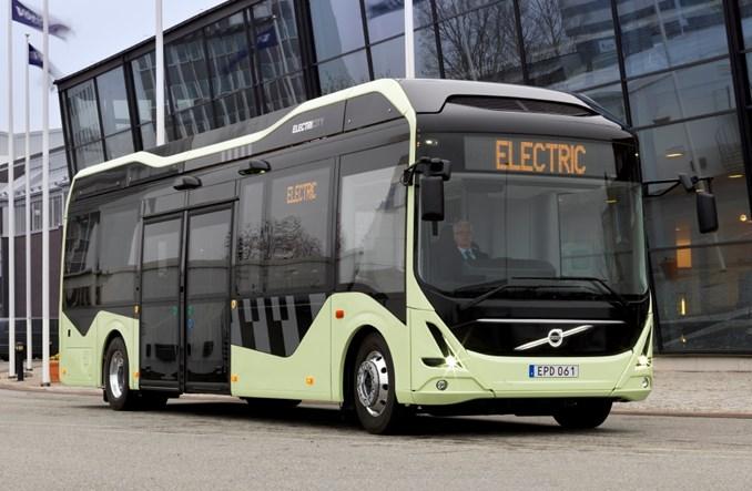 Volvo testuje i reklamuje nowy autobus elektryczny