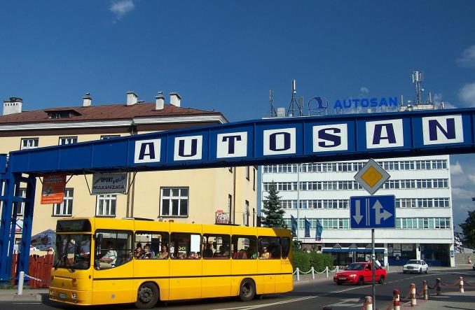 Prokuratorzy w Autosanie. Autobusy poniżej kosztów produkcji?