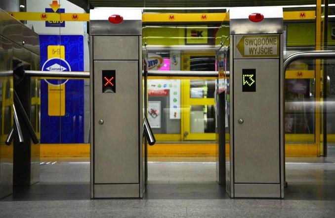 Metro: Strefy bramek biletowych na 12 stacjach I linii do przebudowy
