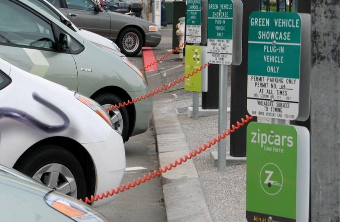 Warszawa traci okazję na 300 carsharingowych aut elektrycznych