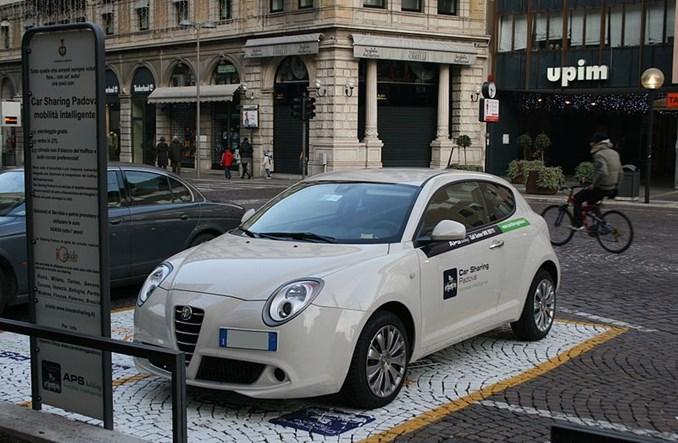Auto dla każdego, czyli co to właściwie jest car–sharing?