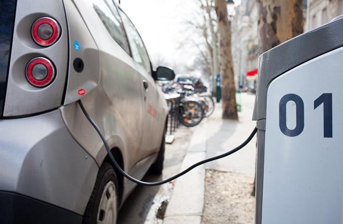 Przydrożna rewolucja, czyli budowa infrastruktury dla elektrycznych aut