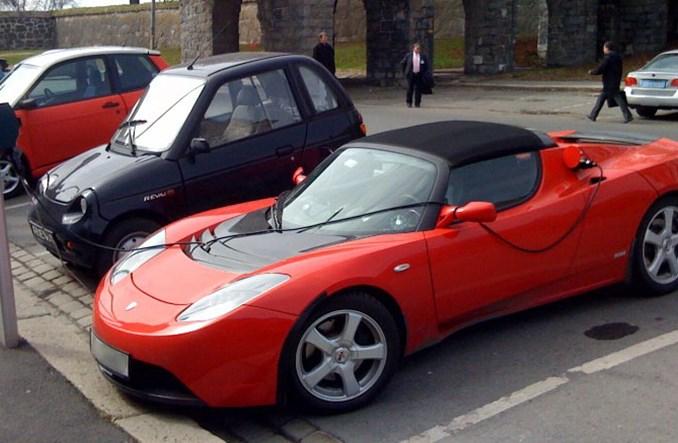 W Polsce samochody elektryczne raczkują