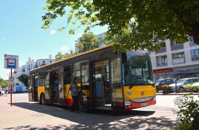 Komunikacja w Pruszkowie coraz popularniejsza. Będą większe autobusy?