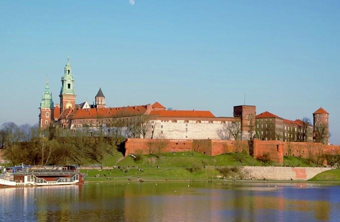 Kraków. Więcej światła nad Wisłą
