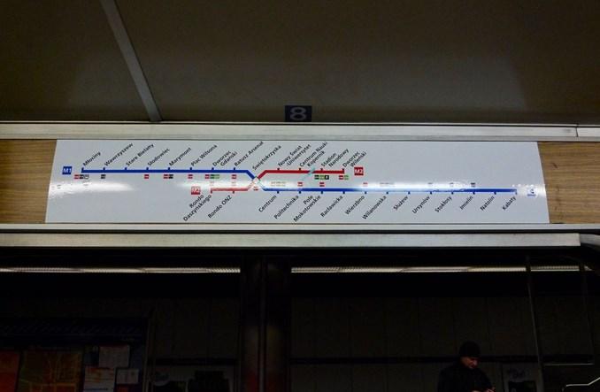 Metro: Pomarańczowe i granatowe schematy odchodzą w odstawkę