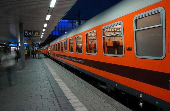 Hipsterski pociąg Berlin-Stuttgart. Crowdfunding i kawa fair-trade