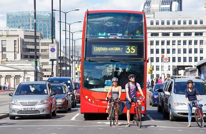 Wielka Brytania: Masowy wzrost rowerów kosztem transportu publicznego. Co dalej?