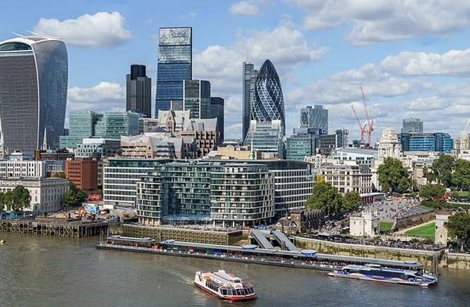 Londyn. Kierowcy najstarszych aut zapłacą 10 funtów dziennie