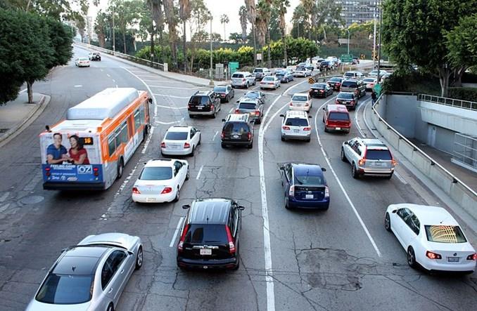 Jak amerykański Deloitte radzi walczyć z korkami w miastach