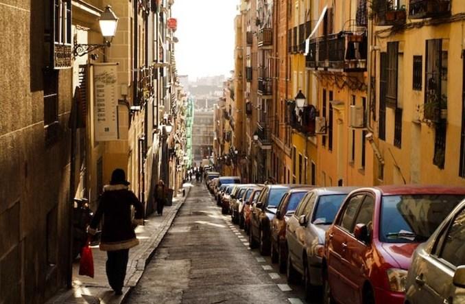 Madryt. Samochody elektryczne parkują za darmo