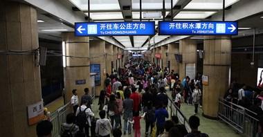 Pekin rozważa uruchomienie nocnego metra