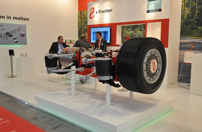 Producenci elektrobusów chowają silniki w kołach