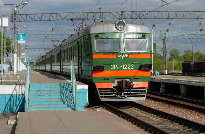Rosja: Pociągi aglomeracyjne zastąpione przewozami autobusowymi?