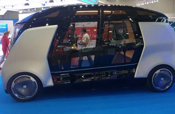 Rosyjski rywal Google'a też buduje autobus autonomiczny