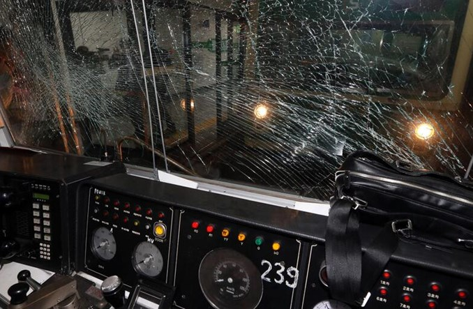 Koreańczycy nie słuchają poleceń obsługi metra. Tak jak Polacy