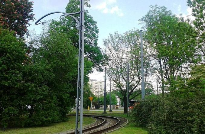 Warszawa: Historyczna infrastruktura. Zaskakujący powrót starych wysięgników