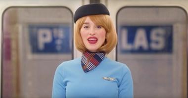 Paryż. Stewardessy w metrze w kampanii na rzecz poprawy bezpieczeństwa podróżnych