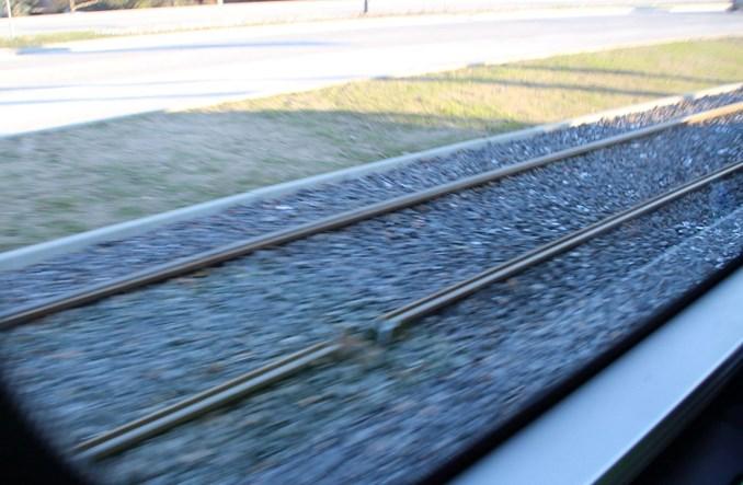 Olsztyn: Pęknięta szyna pod jadącym tramwajem. Duże utrudnienia