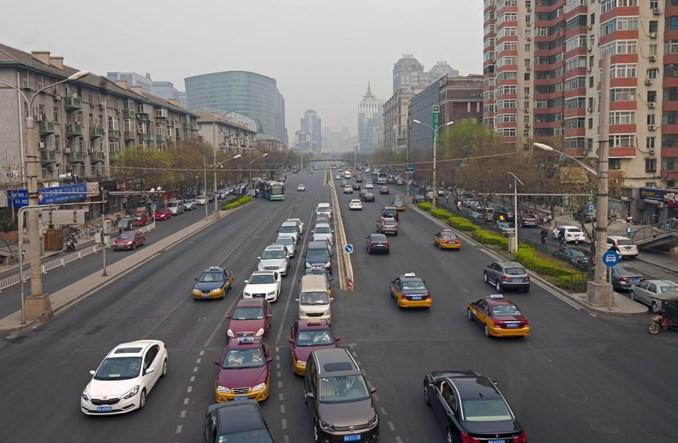 Pekin wymieni 67 tys. taksówek na samochody elektryczne