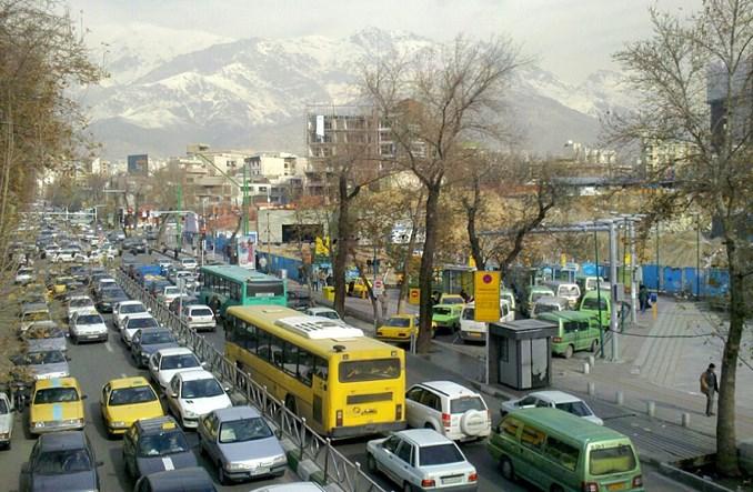 Być pieszym w Teheranie