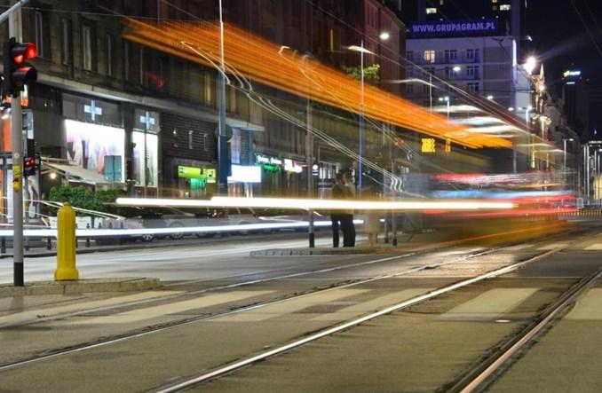 Warszawa uchwala bezpłatne przejazdy dla 150 tys. uczniów
