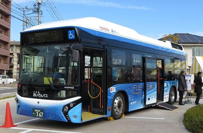 Tokio. Toyota przetestowała FC Bus
