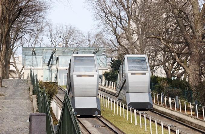 Paryż: Funikular – transport i turystyczna wizytówka