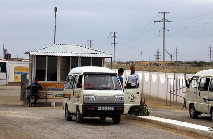 Uzbekistan: Najmniejsza marszrutka świata