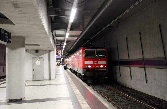 Niemcy: Na lotnisko po przedwojennej bocznicy