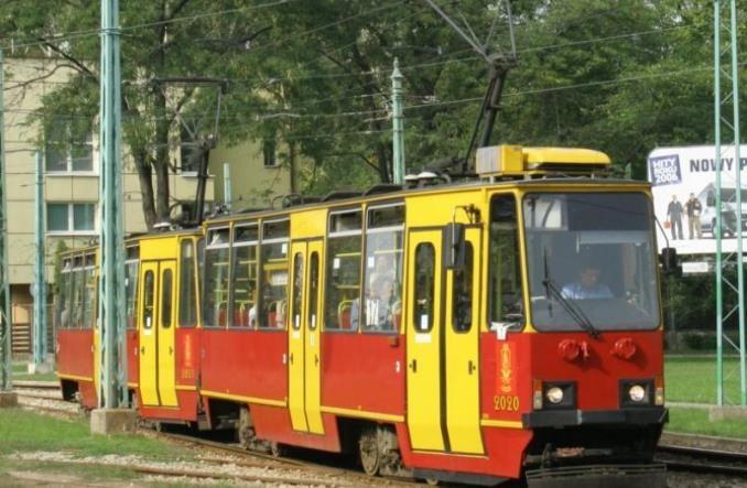 Warszawa: Brakuje autobusów zastępczych za tramwaje