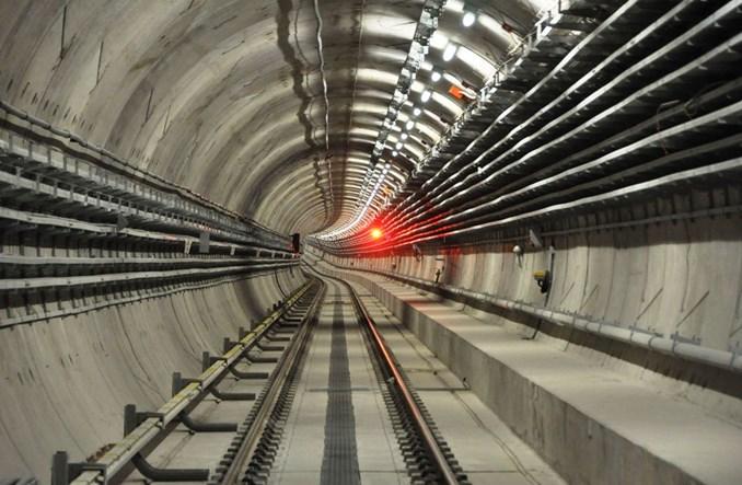 Metro: Konkurs na projekty stacji znacznie wydłużony