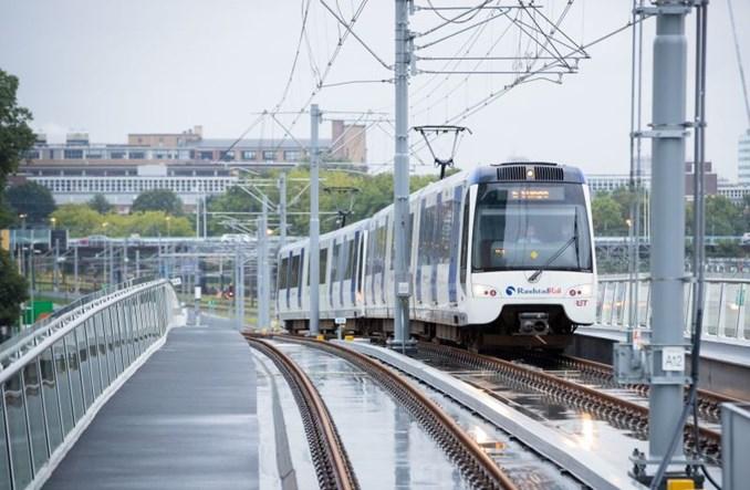 Nowa, naziemna stacja metra w Hadze. Jak powstawała? (wideo)