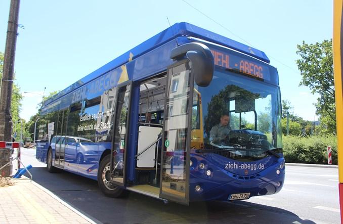 Ursus Bus namawia do autobusów elektrycznych zamiast hybryd