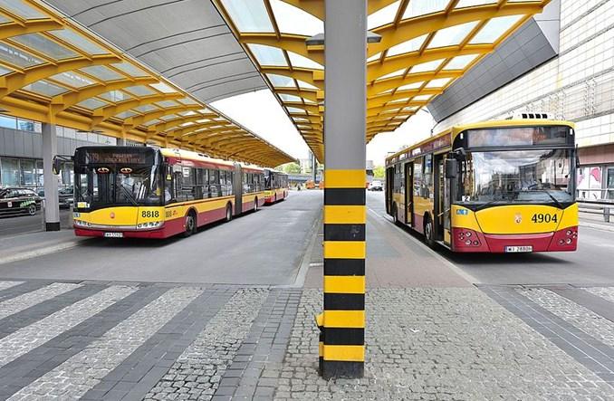 Warszawa. Autobusy i tramwaje punktualne w ponad 90 procentach