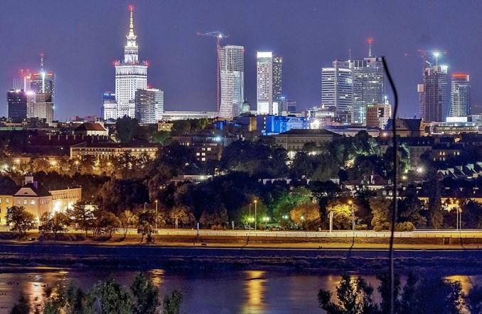 Warszawa w 2018 r. wyda 2,6 mld zł na przewoźników i 647 mln zł na budowę metra