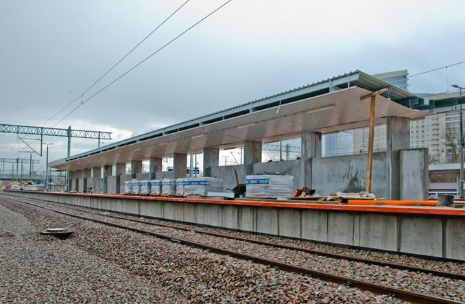 Dodatkowy peron Warszawy Gdańskiej. Będzie dojście z wiaduktu?