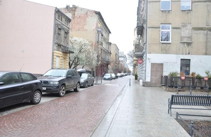 Łódź. Miasto, które brakujący rynek zastępuje woonerfami