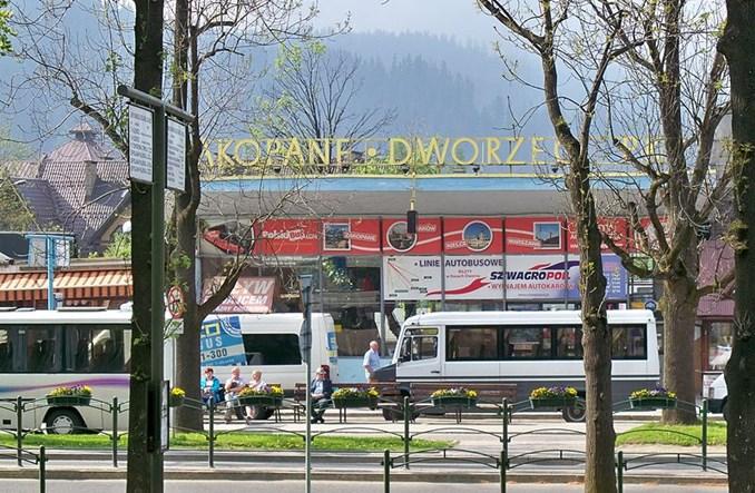 Jak z Warszawy do Zakopanego? PolskimBusem? Pociągiem?